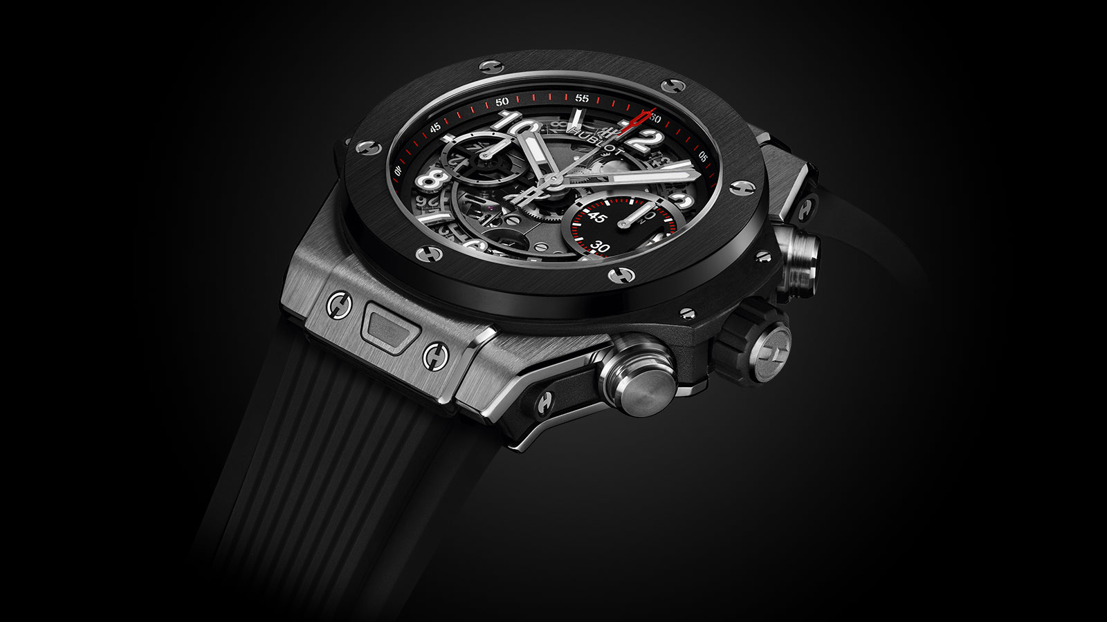 For this replica Hublot watch, the most eye-catching feature should be the matte skeleton dial, you can directly see the mechanical beauty.