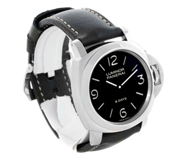 The 44 mm fake Panerai Luminor is good choice for men.