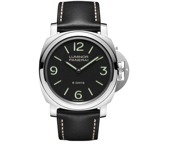 The oversized hour markers ensure the good readability of fake Panerai.