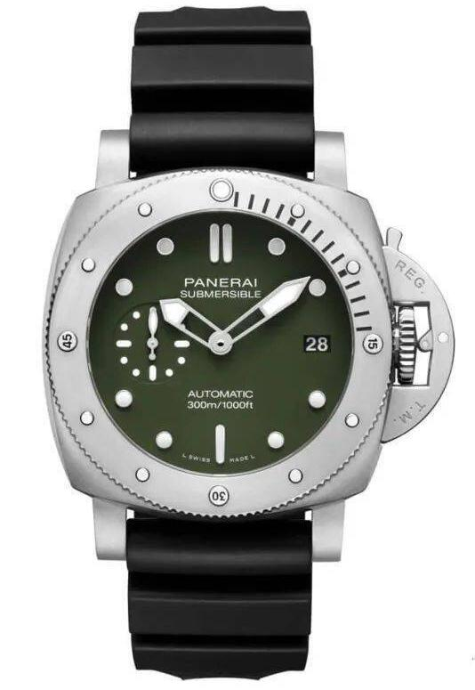 Online fake watches are fashionable for the green color.