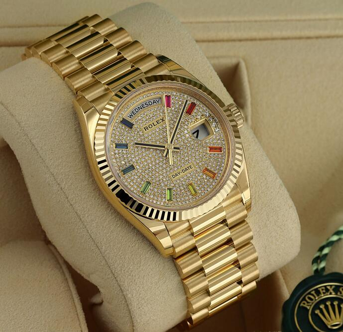 Online fake watches are dazzling for the diamonds and sapphires.