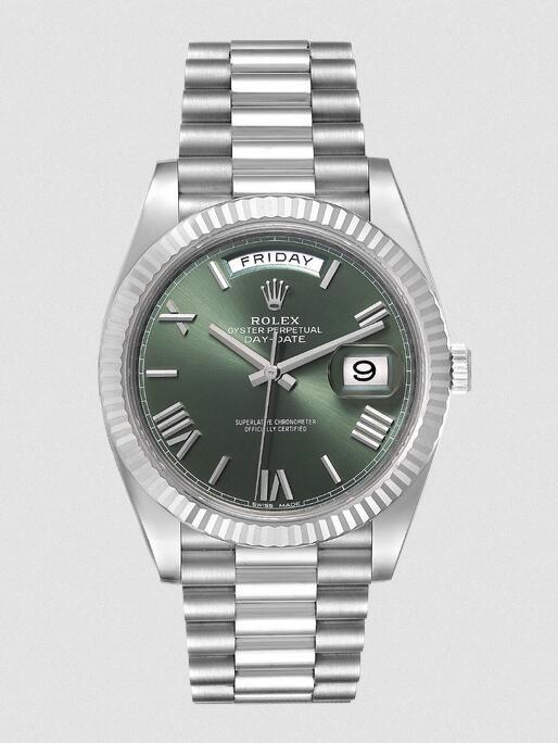 Swiss imitation watches lead the fashion trend with olive green tone.